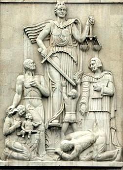 Justice_Statue_Iran